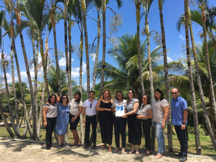 Equipes do Arapyaú e da secretaria de educação de Uruçuca comemoram os resultados da Avaliação Diagnóstica 2019