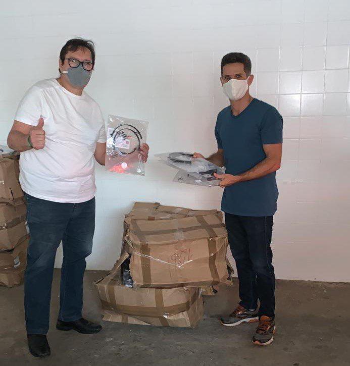 Arapyaú apoia entrega de mil protetores faciais para municípios da Costa do Cacau com apoio da AMURC
